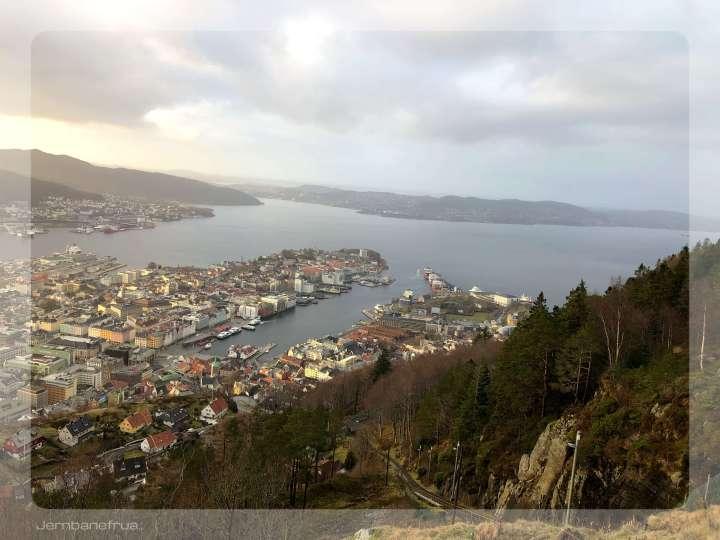 Jernbanefrua på Fløyen..