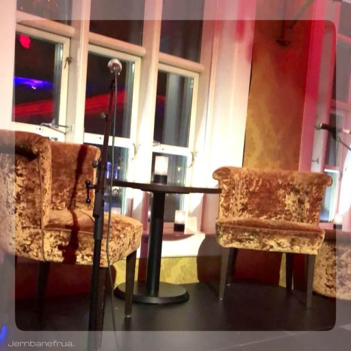 Jernbanefrua var på lanseringsfest for serien Aftenstjernen av Jenny Micko.