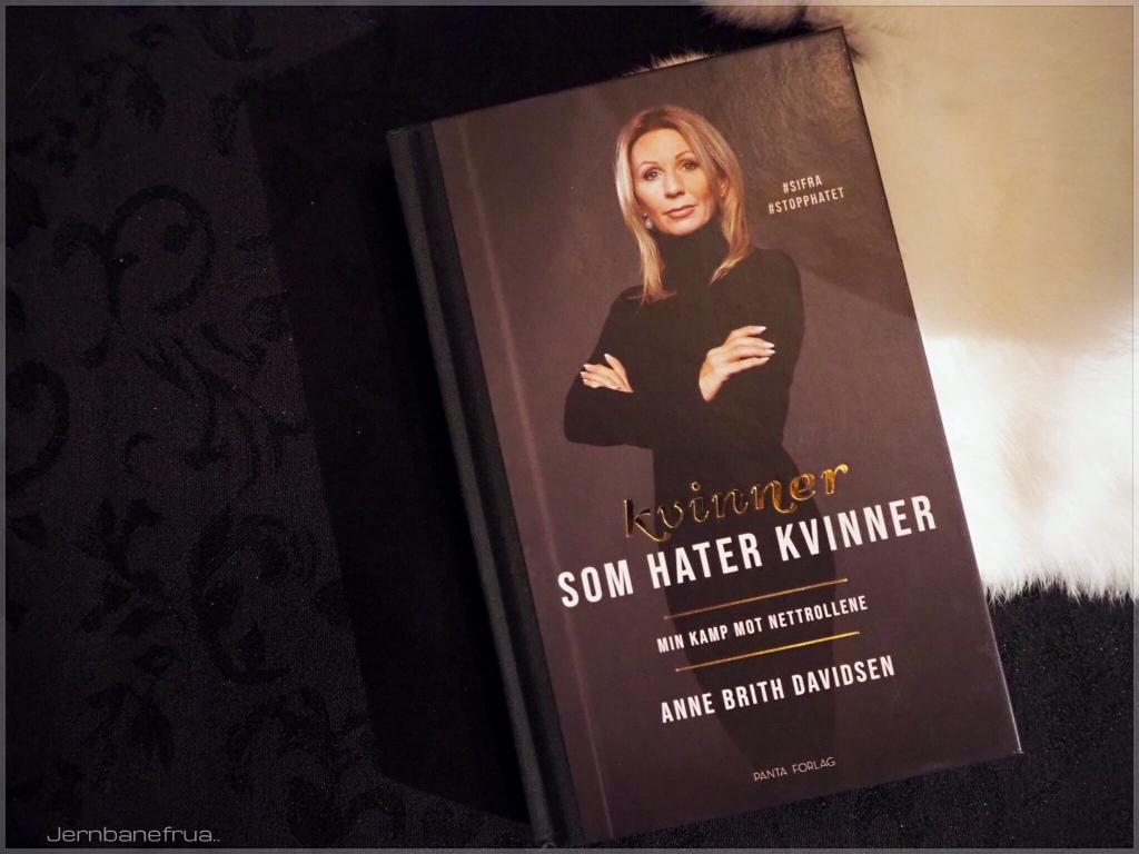 Kvinner som hater kvinner. Ukens bok hos Jernbanefrua.