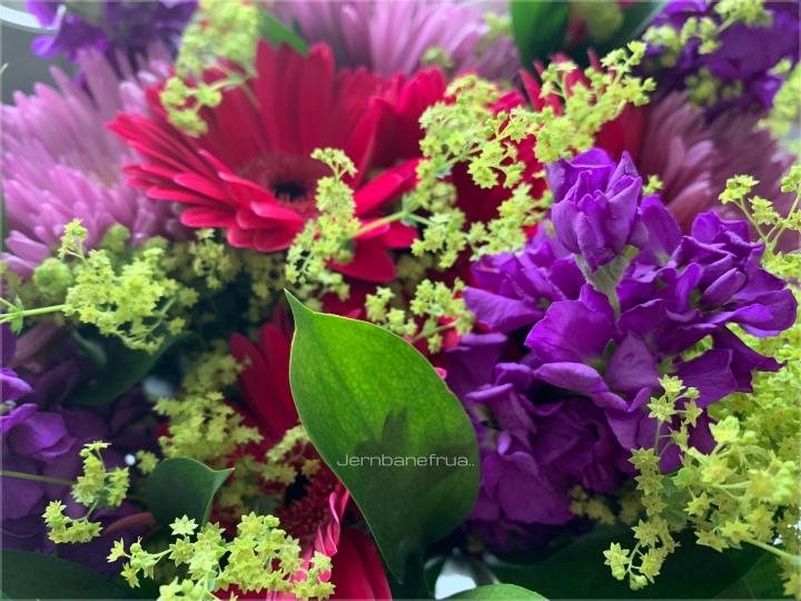 God bedring blomster.