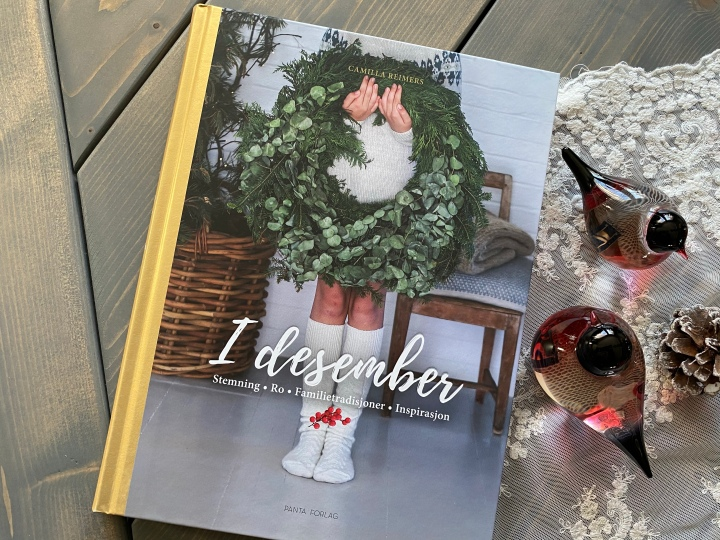 Kreativ DIY til jul. Bokanmeldelse. I desember, CamillaReimers.