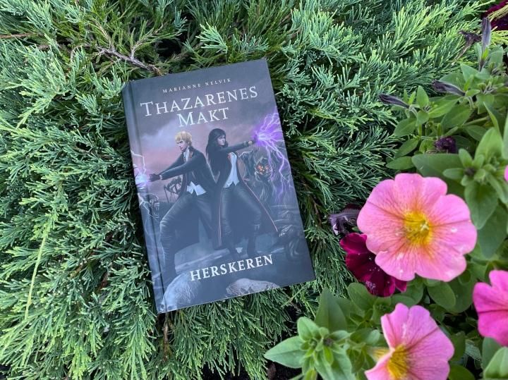 Bokanmeldelse. Thazarenes makt, av MarianneNelvik